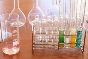 pomoce naukowe chemia