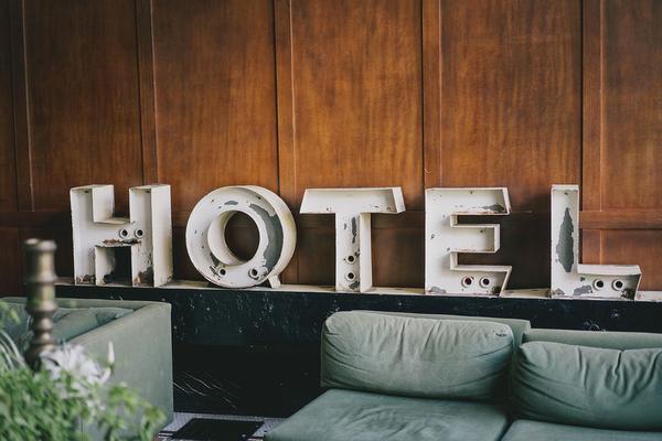 jak otworzyć hotel