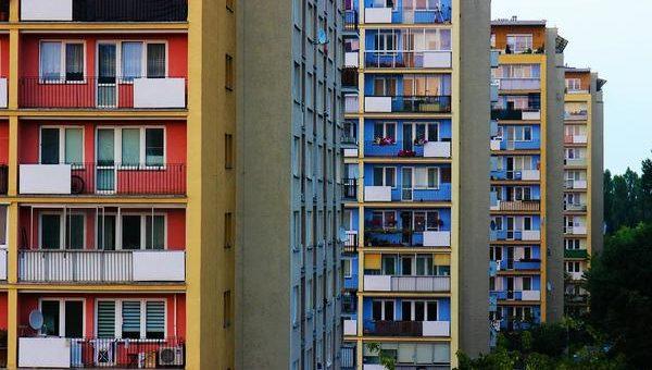 Rzetelne zarządzanie wspólnotami mieszkaniowymi