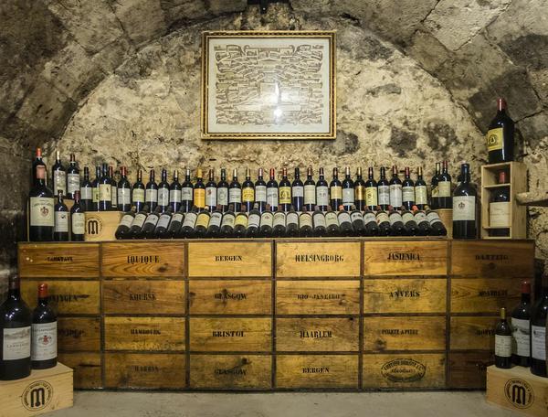 Trwałe kartony do wina