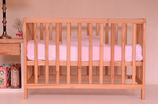 Łóżeczko dla małego dziecka