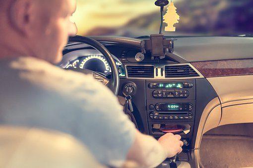 Polecane kursy doszkalające na prawo jazdy