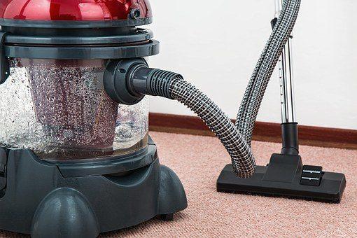 Ekipa do sprzątania mieszkania