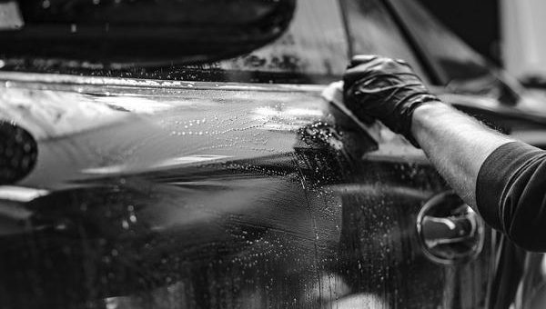 Opis dobrych profesjonalnych kosmetyków samochodowych
