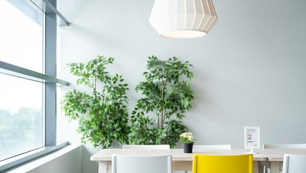 Lampa nad stół – niezbędnik w jadalni