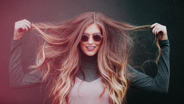 Jaką metodę przedłużania włosów wybrać?